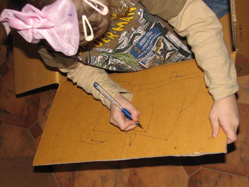 rysowanie w kartonie