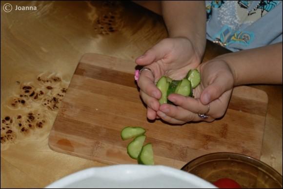 krojenie ogórków