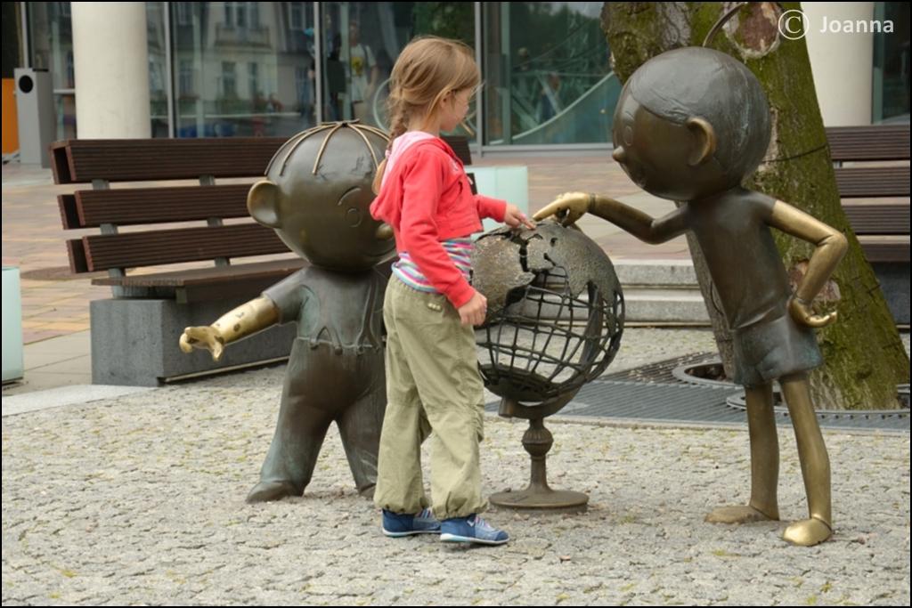 pomnik Bolka i Lolka w Bielski Białej