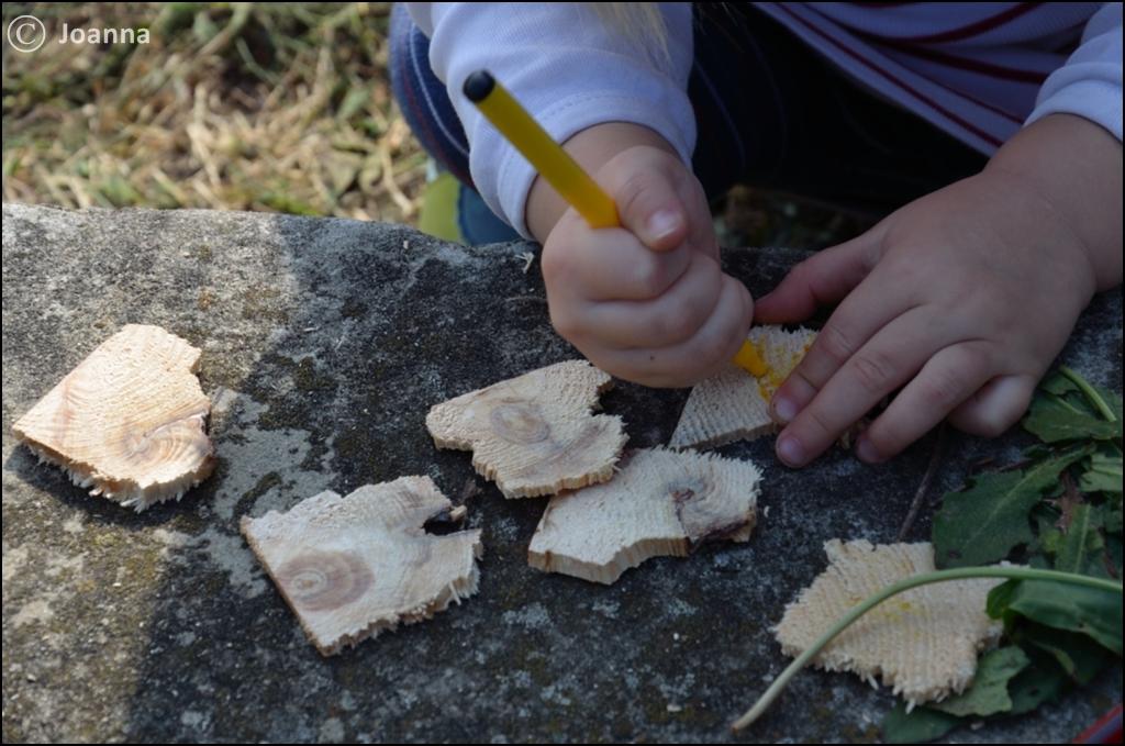 drewniane kanapki