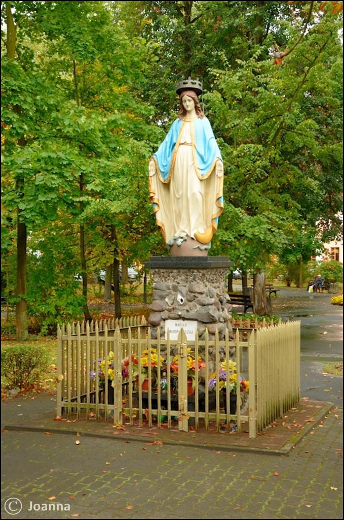 kapliczka na placu Kilińskiego - Mińsk Mazowiecki
