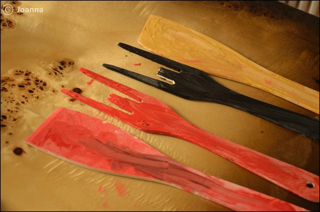 pomalowane szpatułki