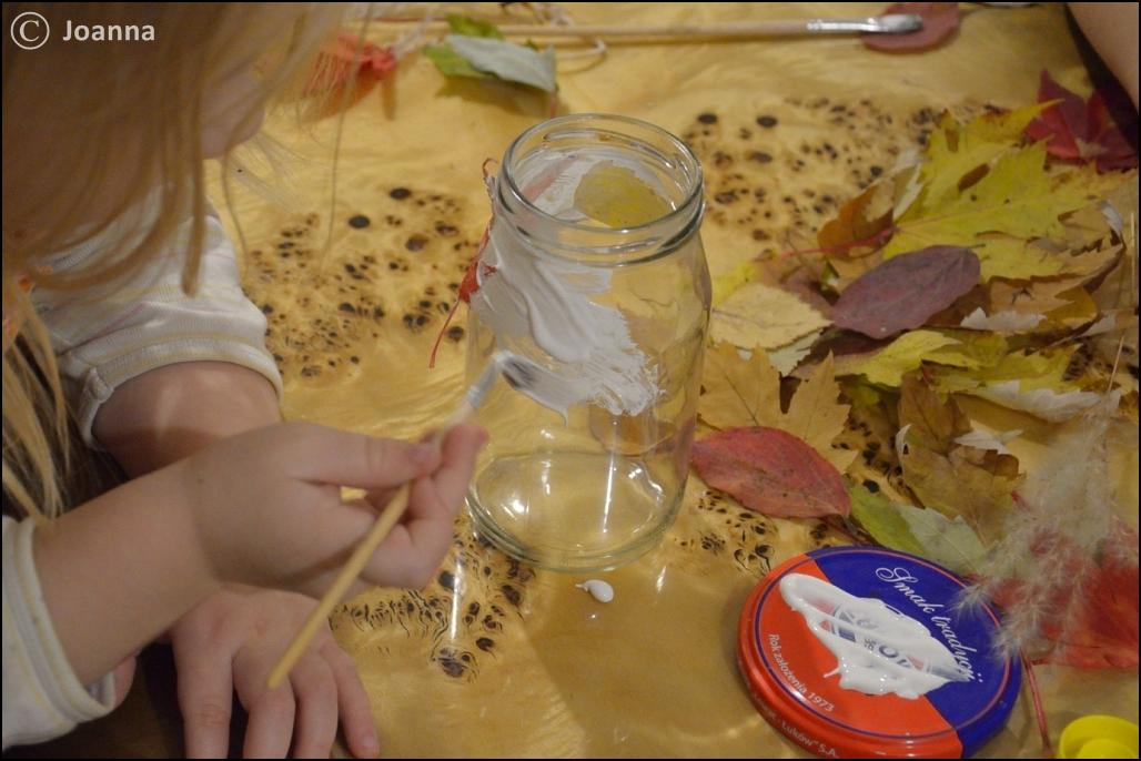 oklejanie słoików liśćmi