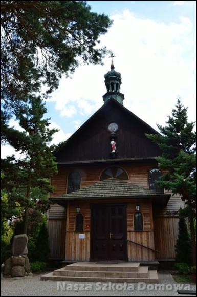 Stara Miłosna - drewniany kościół