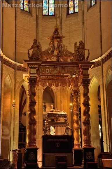 Katedra w Gnieźnie - relikwiarz św Wojciecha