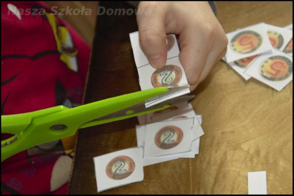 Lusia przygotowuje monety