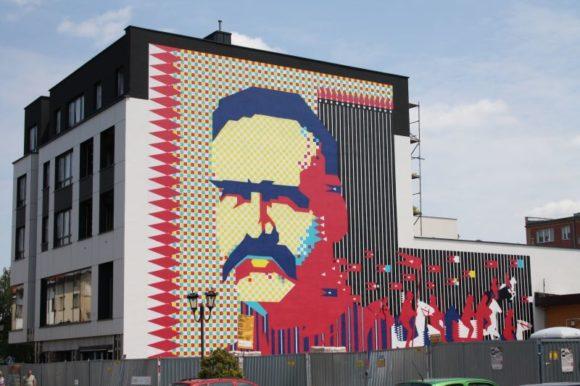 mural - portret Marszałka